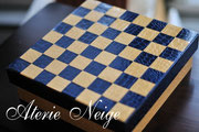 21_box with chessboard