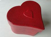 11_heart accordion-shaped box