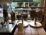 Hotel Spessart Frühstücksbuffet - 6 verschieden Müslisorten