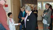 Von links: Wolfgang König mit Sohn, er hat sich in den ganzen Jahren um unsere Homepage gekümmert, Andrea Volkmann, sie hat die Gruppe 10 Jahre geleitet, bevor Brigitte Thurau sie übernommen hat, und Angelika Fuge..