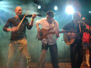 """Tears For Beers"" auf dem Folk-Rock-Festival in Neufahrn"