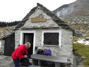 Capanna Bardughè 1638 m (Monti di Vogorno)