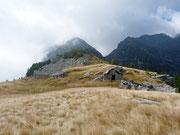 Alpe Matro Càuri 1891 m (Val d'Iragna)