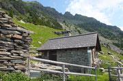 Rifugio Biasagn 2020 m (Val Pontirone)