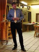 Thomas führt als Vorsitzender durch den Abend