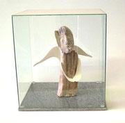 """Skulptur """"Engel"""" mit Porzelanflügeln"""