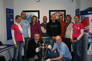 Mit dem Pokal der Landesmeister