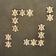 UNMETROPERUNMETRO 100 X 100 cm. tessuto dipinto 2010 MARTA GUARISCO