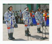 Shenzhou 9 crew photo orig.signed by Liu Wang