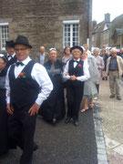 Procession des danseurs normands