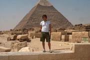 Frank vor der Chefren Pyramide!