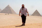 Udo vor den Pyramiden von Gizeh