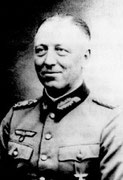 Generalleutnant Heinz Hellmich, 243. Infanterie-Division