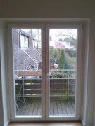 Balkontür in Kunststoff weiß mit Pilzkofverriegelung
