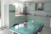 Küche in Mintgrün in Oststeinbek