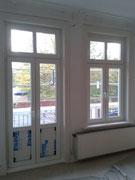 Fensterelemente mit Futter und profilierter Bekleidung