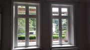 Altbaufenster erneuert unter Wiederverwendung der Futter und Bekleidungen