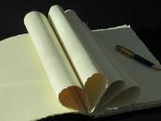 Innenleben, handgeschöpftes Büttenpaier. Den Augenblick fest halten - Den Weitblick behalten. Das Buch, das inspiriert!