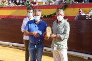 El Ayto. reconoce al maestro Ruiz Miguel