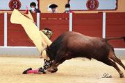 Momento de la voltereta a Gonzalo Cruz