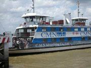 Fähre über den Fluss im Mekong-Delta