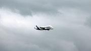 Visite d'un Bélouga Airbus à Aulnat le 18 avril 2013