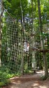 Das Sprungnetz wartet auf deinen Tarzan-/Jane-Sprung ;-)