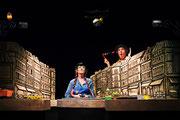 """"""" La sorcière au placard à balais """", 2007 Marionnettes de Ge. / C.I. Barbey"""