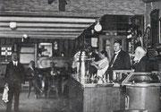Innenansicht der Gaststube -  Fotografie Ende 1920 Anfang der 30er Jahre