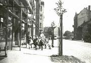 Körner Hellweg vom Haus Nr. 104 nach Osten -  Fotografie 1935