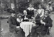 Ausflug der Familie Friedrich Kühn Steinmetzstr. 7 zum Gartenrestaurant Funkenburg -  Fotografie 1914