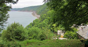 Dienstag: Fahrt zu dem Fischerdorf Clovelly, das auf einem senkrecht ins Meer abfallenden Felskamm liegt.