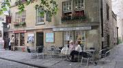 Samstag: Die Altstadt von Bath mit seinen kleinen Pubs und Cafes.