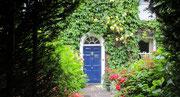 Sonntag: Schnappschuss in Clifton zeigt ein altes Haus mit grünen Wänden.