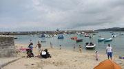 Montag: St. Ives hat zwei kleine und einen großen Strand.