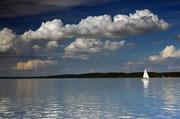 Starnberger See Juli 2014 19:30, vom Midgardhaus Tutzing aus gesehen