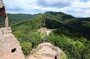 Blick von der Burg Fleckenstein in Lembach/ Frankreich