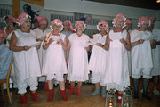2005: schläft das Geisschörli bei König Wisi im Stroh