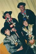 Die Beamten 2002: König Erwin Müller, Ober Peter Berchtold, Under Christa Flühler, Näll Lisbeth Burri