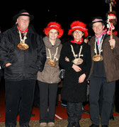 Die Beamten 2012: Ober Toni Wallimann, Näll Annemarie Berchtold, Under Margrit Abächerli, König Bärti Imfeld