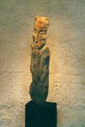 HOHE KÖPFE II.2 1993 Sandstein, Holz 170 cm
