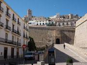 Blick auf die Festung in Eivissa