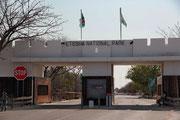 Lindquist Gate - östlicher Eingang zum Etosha Nationalpark