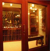 Climatiseur avec évaporateur intégré pour cave à vins
