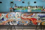 Onda, 1998, mosaico in vetro e pietre naturali, 1400 x 100 cm (ex Bar Simba, Locarno - CH)