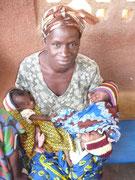 Frau mit Zwillingen