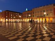 Place Masséna am Abend