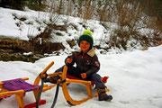 Sohn Markus freut sich auf's Rodeln mit den Ferienkindern