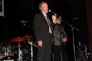 Eröffnung der 15. Verdener Jazz und Blues Tage durch den 1. Vorsitzenden des Vereins, Volkmar Koy.