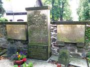 Die Grabstätte aufdem Glashütter Friedhof 2011